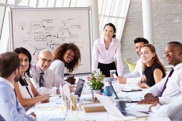 Ar gali nugaros skausmas darbe priklausyti nuo vadovo ir kolegų?